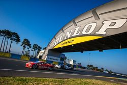 #70 Team Taisan Ferrari 458 Italia: James Rossiter, Pierre Ehret, Martin Rich, #1 Audi Sport Team Jo
