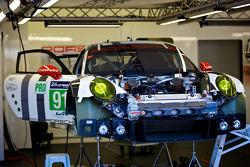#91 Porsche Team Manthey Porsche 911 RSR (991)