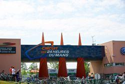 Entrée Principale - Le Mans