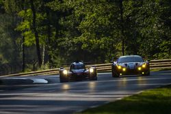#72 SMP Racing Ferrari 458 Italia: Andrea Bertolini, Viktor Shaitar, Alexey Basov; #33 OAK Racing - Team Asia Ligier JS P2 - HPD: David Cheng, Ho-Pin Tung, Adderly Fong