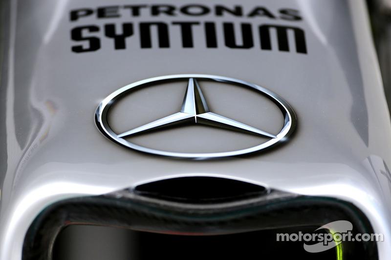 Nase: Mercedes AMG F1 W05