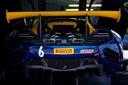 #6 K-PAX Racing McLaren 12C GT3