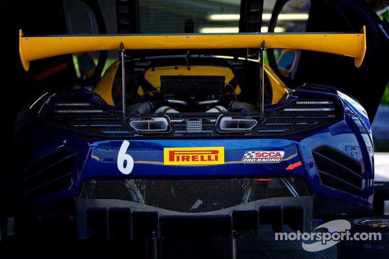 #6 K-PAX Racing 迈凯伦 12C GT3