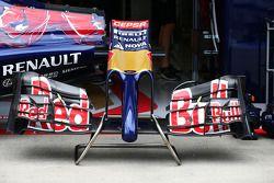 Nasen: Scuderia Toro Rosso STR9