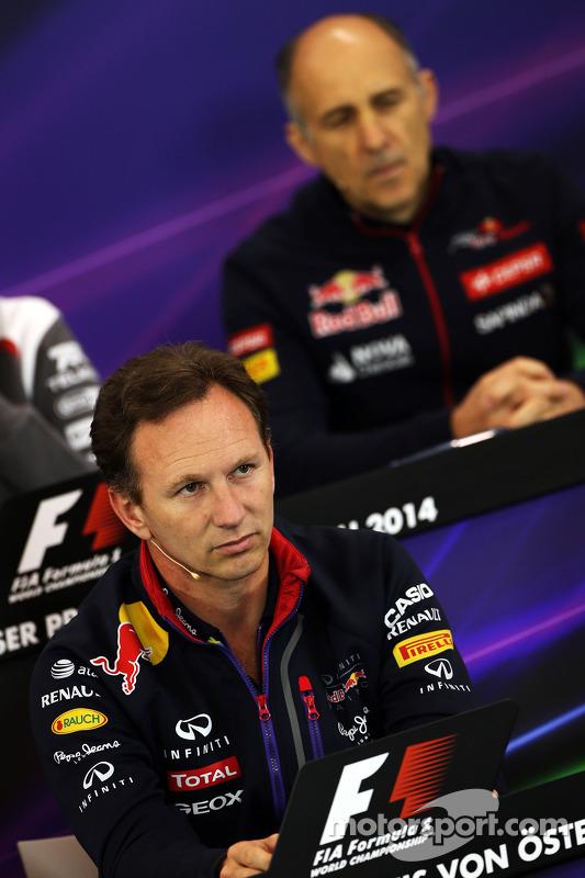 Christian Horner, chefe de equipe da Red Bull e Franz Tost, chefe de equipe da Scuderia Toro Rosso, na coletiva de imprensa