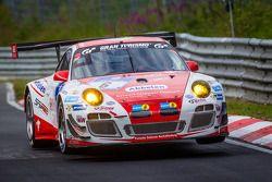 #6 Frikadelli Racing Team Porsche 997 GT3 R: Klaus Abbelen, Sabine Schmitz, Patrick Huisman, Patrick