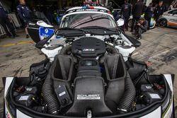 #19 Schubert Motorsport BMW Z4 GT3 motor