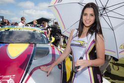 Een Marc VDS Racing meid