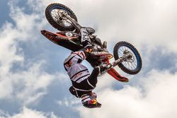 Red Bull Fighters Jams show