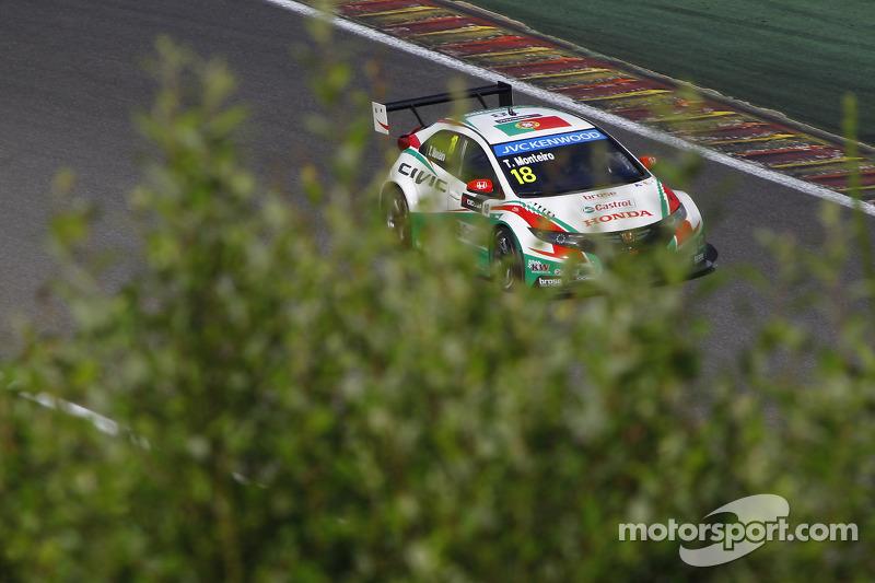 Tiago Monteiro, Honda Civic WTCC, Castrol Honda WTC team