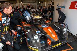 遇到问题,#35 OAK车队Ligier - 尼桑: Alex Brundle, Jann Mardenborough, Mark Shulzhitskiy