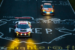 #4 Phoenix Racing Audi R8 LMS ultra: Christopher Haase, Christian Mamerow, René Rast, Markus Winkelhock ; #71 Kremer Racing Porsche 997 GT3 KR: Eberhard Baunach, David Schiwietz