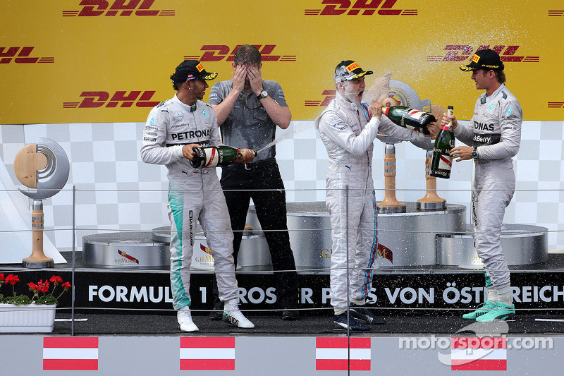 Podium: Lewis Hamilton, Mercedes AMG F1 Team, Nico Rosberg, Mercedes AMG F1 Team; Valtteri Bottas, W