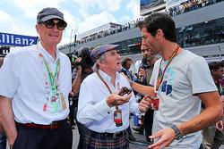 (Da sinistra a destra): Sir James Dyson, Inventore, con Jackie Stewart, e Mark Webber, Porsche Team WEC pilota