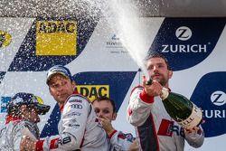 Podium: champagne voor Christian Mamerow