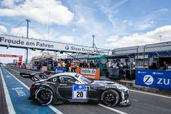 #20 Schubert Motorsport BMW Z4 GT3: Jens Klingmann, Dominik Baumann, Claudia Hürtgen, Martin Tomczyk : De retour en piste