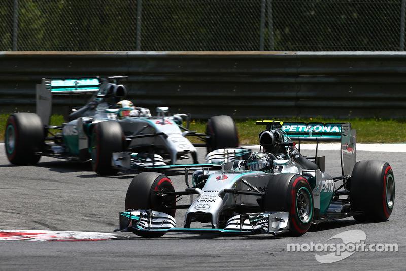 Nico Rosberg, Mercedes AMG F1 W05 ve Lewis Hamilton, Mercedes AMG F1