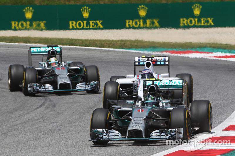 Nico Rosberg, Mercedes AMG F1 W05, Valtteri Bottas, Williams FW36 y Lewis Hamilton, Mercedes AMG F1