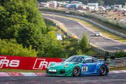 #44 Falken Motorsports 保时捷 997 GT3 R: 彼得·邓布雷克, 沃尔夫·亨泽尔, 亚历山大·因佩拉托里, 马丁·雷齐格