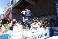 比赛获胜者 Yvan Muller, 雪铁龙C-Elysee WTCC赛车,雪铁龙-道达尔WTCC车队