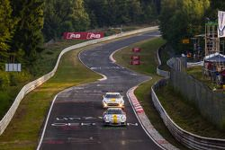 #58 Black Falcon Porsche 911 GT3 Cup: Willi Friedrichs, Burkard Kaiser, Andreas Ziegler, #23 Rowe Ra