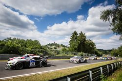 起步: #20 Schubert Motorsport 宝马 Z4 GT3: Jens Klingmann, Dominik Baumann, Cl奥迪a Hürtgen, Martin Tomczy