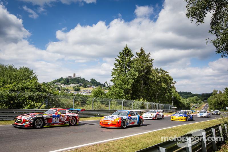 Via: #31 Car Collection Motorsport Mercedes-Benz SLS AMG GT3: Peter Schmidt, Christian Bracke, Heinz