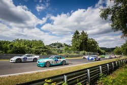 Start: #167 Aesthetic Racing Porsche 911: Tveten Stein, Niko Nurminen and #76 BMW Z4 M: Heiko Hedema
