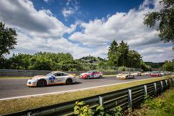 起步: #162 Prosport Performance 保时捷 991: Georg Richardson, Charlie Putman, Charles Espenlaub, Shelby B