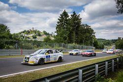 Départ : #211 Audi A4 quattro: Thomas Hanisch, Michael Kühne, Michael Eichhorn
