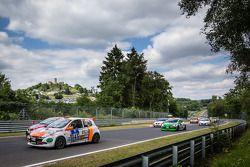 Start: #145 Renault Clio RS: Xavier Lamadrid Jr., Xavier Lamadrid Sr., Massimiliano Girardo, Nicolas