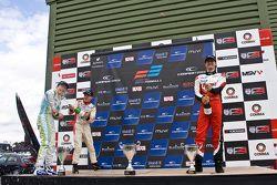 Podio: vincitore Sam Macleod, secondo posto Andy Chang, terzo posto Matt Rao