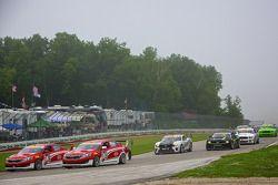 PWC Saturday Race Start with #38 Kia Racing/Kinetic Motorsports Kia Optima: Mark Wilkins