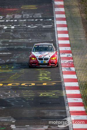 #90 Sorg Rennsport BMW M3 GT4: René Steurer, Anders Fjordbach, Philipp Leisen