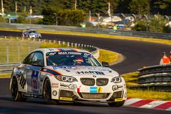 #313 Walkenhorst Motorsport BMW M235i Racing: Michael Schrey, Emin Akata