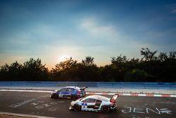 #118 斯巴鲁 Tecnica International 斯巴鲁 WRX STI: 吉田寿博, 佐佐木孝太, 马塞尔·拉斯, 卡罗·范丹姆, #4 Phoenix Racing 奥迪 R8 LMS