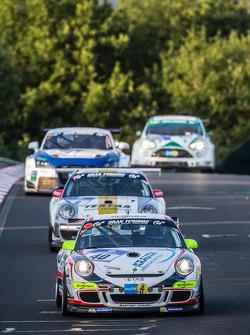 #40 Manthey-Racing Porsche 911 GT3 Kupası: Steve Smith, Reimer Nils, Reinhold Renger, Harald Proczyk