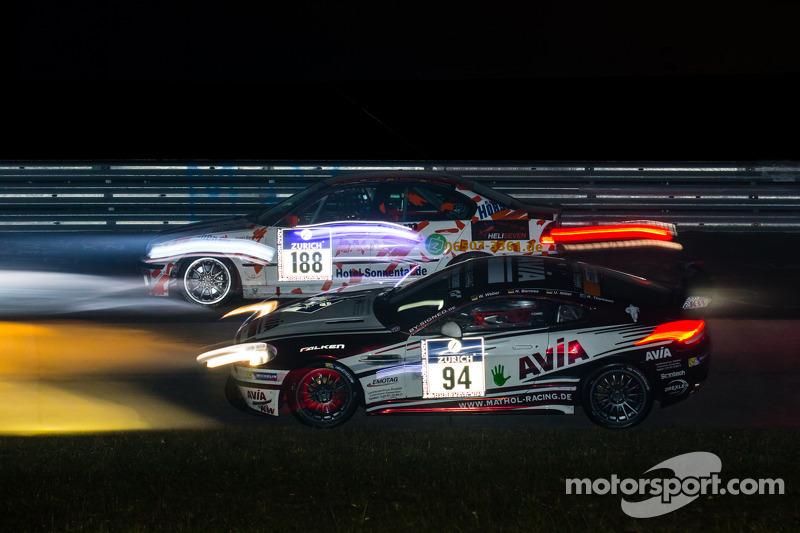#188 MSC Konz e.V.i. ADAC 宝马 B46 L, #94 Mathol Racing 阿斯顿马丁 Vantage V8 GT4: 沃尔夫冈·韦伯, 诺伯特·贝尔梅斯