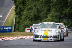 #161 Black Falcon Porsche Carrera: Manuel Metzger, Tim Scheerbarth