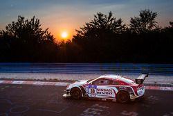 #30 Nissan GT Academy Team RJN Nissan GT-R Nismo GT3: Michael Krumm, Tetsuya Tanaka, Kazuki Hoshino,