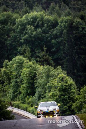 #207 Dörr Motorsport Toyota TMG GT86 Cup: Maciej Dreszer, Francesco Fanari, Dirk Heldmann, Stefan Ke