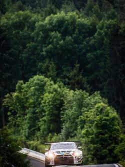 #30 日产 GT学院车队 RJN 日产 GT-R Nismo GT3: 迈克尔·克鲁姆, 田中哲也, 星野一義, 千代胜正