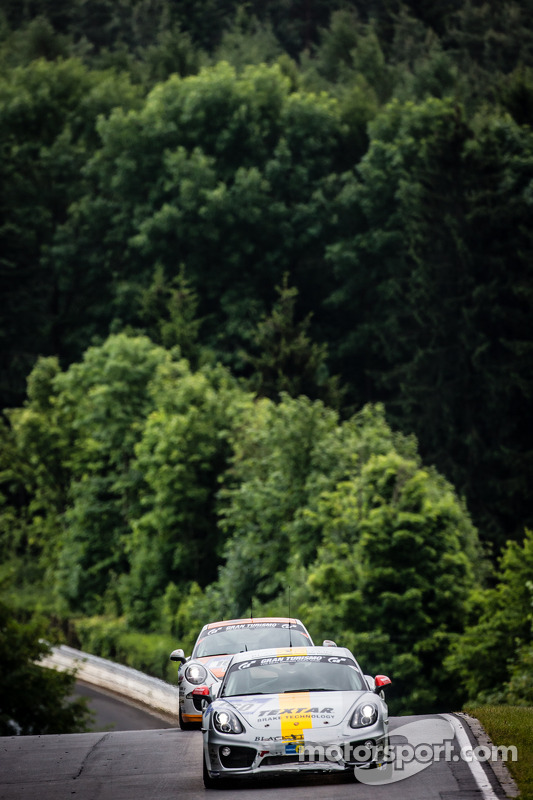 #160 Black Falcon Porsche Cayman S: Markus Enzinger, Christian Reiter, Jean-Louis Hertenstein, Panag