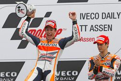 Yarış galibi Marc Marquez, üçüncü sıra Dani Pedrosa