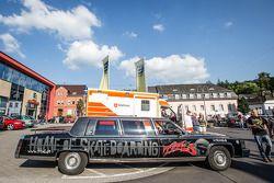 凯迪拉克豪华轿车在阿德瑙