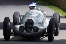 1937 Mercedes Benz W195 - Roland Asch