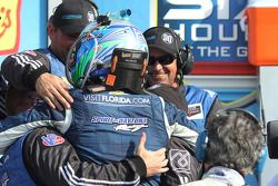 Vencedores Spirit of Daytona team celebra