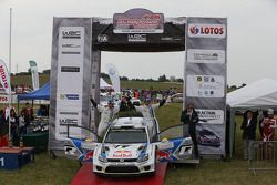Secondo posto per Andreas Mikkelsen e Ola Floene, Volkswagen Polo WRC, Volkswagen Motorsport
