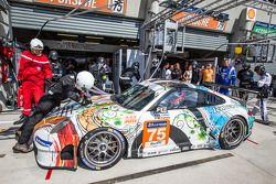 Pit stop for #75 Prospeed Competition Porsche 911 GT3 RSR (997): François Perrodo, Emmanuel Collard,