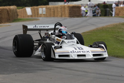 surtees cosworth TS19